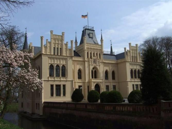 Schloss Evenburg Ostfriesland